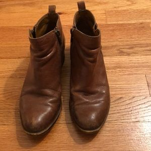 Brown leather Lucky booties